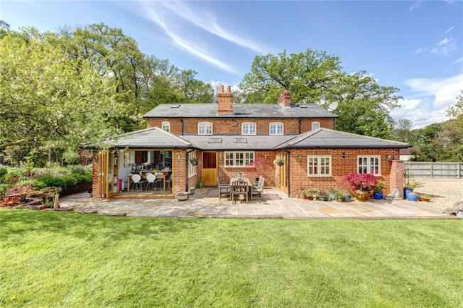 Offers in the region of £1,250,000, 4 Bedroom Detached House For Sale in Binfield Heath, RG9
