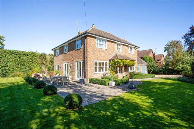 Offers in excess of £1,650,000, 5 Bedroom Detached House For Sale in Maidenhead, Berkshire, SL6