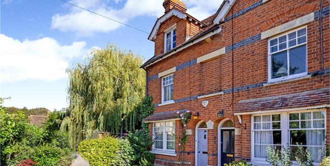Asking Price £1,100,000, 4 Bedroom End of Terrace House For Sale in Henley-on-Thames, RG9