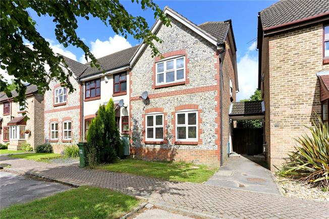 Guide Price £349,950, 3 Bedroom House For Sale in West Sussex, RH12