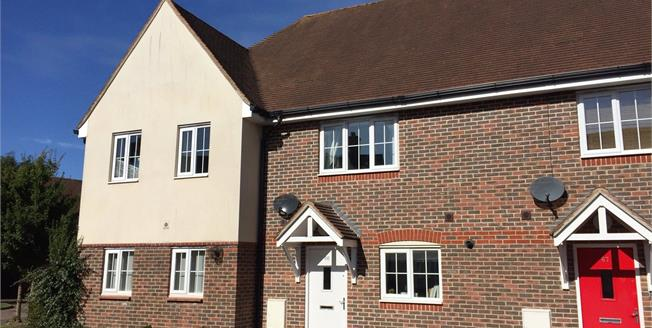 Guide Price £280,000, 2 Bedroom Terraced House For Sale in Pulborough, West Sussex, RH20