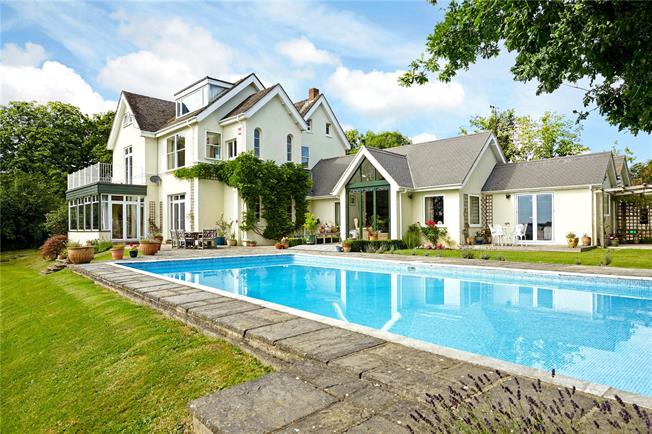8 bedroom house. Guide Price  1 500 000 8 Bedroom Detached House For Sale in Coneyhurst RH14 Billingshurst for
