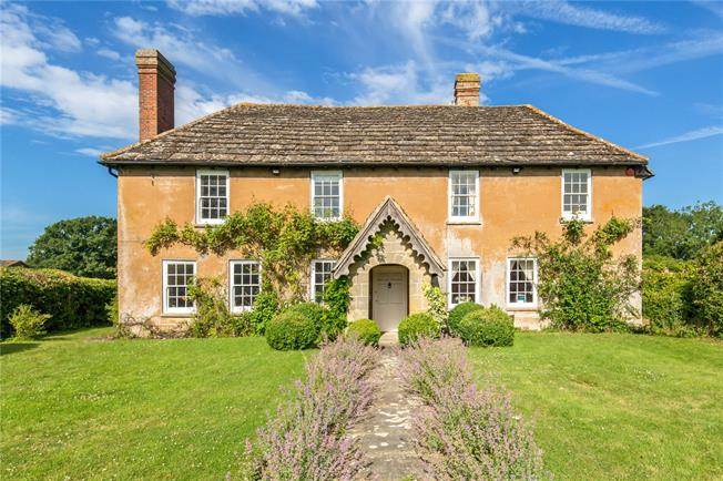 Offers in excess of £1,500,000, 5 Bedroom Detached House For Sale in Partridge Green, RH13