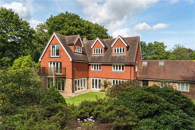 Guide Price £1,600,000, 5 Bedroom Detached House For Sale in Horsham, West Sussex, RH12