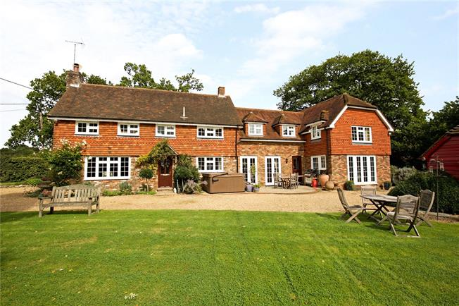 Guide Price £995,000, 6 Bedroom Detached House For Sale in Slinfold, RH13