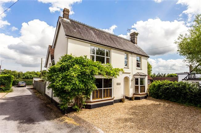Offers in excess of £630,000, 5 Bedroom Detached House For Sale in Horsham, West Sussex, RH13
