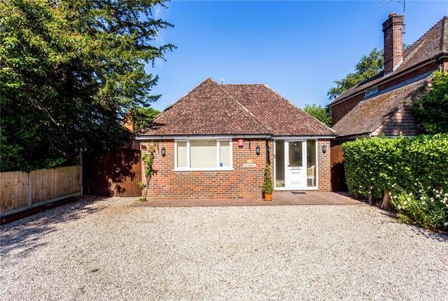 Offers in excess of £550,000, 5 Bedroom Detached House For Sale in Horsham, RH12