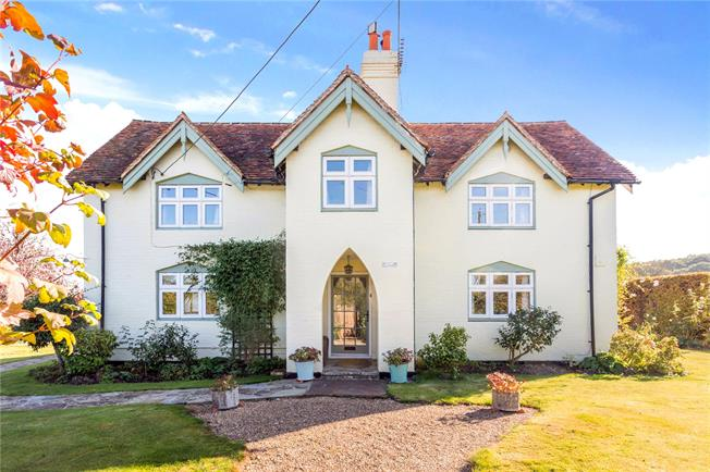 Fixed Price £765,000, 4 Bedroom Detached House For Sale in West Chiltington, RH20