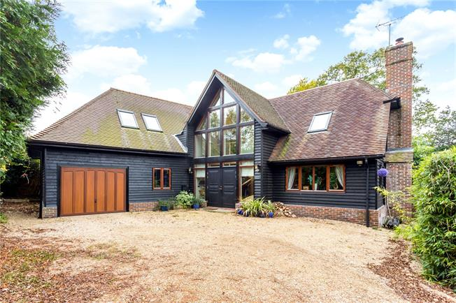 Offers in the region of £800,000, 4 Bedroom Detached House For Sale in Mannings Heath, RH13