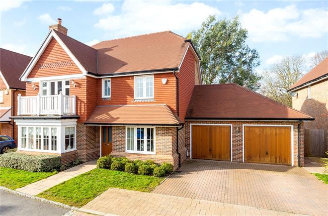Offers in excess of £750,000, 5 Bedroom Detached House For Sale in Barns Green, RH13