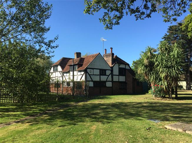 Offers in excess of £695,000, 4 Bedroom Detached House For Sale in Horsham, West Sussex, RH13