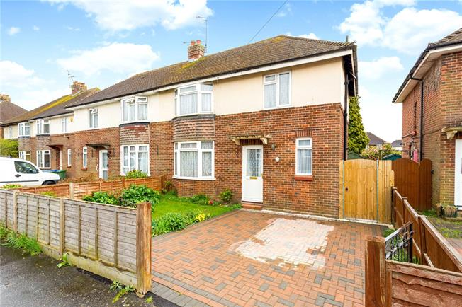 Offers in excess of £300,000, 3 Bedroom Semi Detached House For Sale in Horsham, RH13