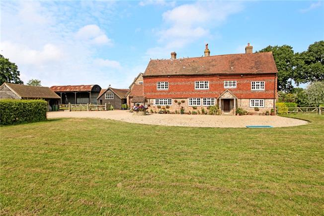 Guide Price £1,950,000, 4 Bedroom Detached House For Sale in Horsham, RH12