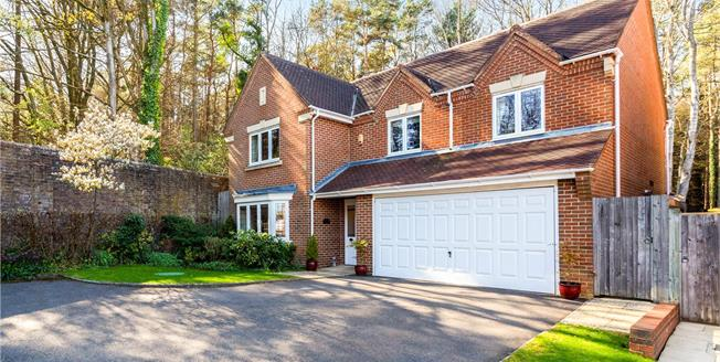 Guide Price £699,950, 5 Bedroom Detached House For Sale in Horsham, West Sussex, RH12