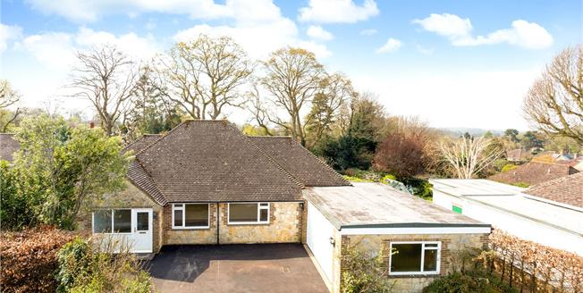Guide Price £595,000, 4 Bedroom Bungalow For Sale in West Chiltington, RH20