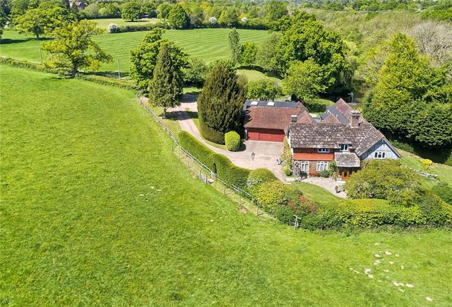 Guide Price £1,750,000, 5 Bedroom Detached House For Sale in Cowfold, RH13
