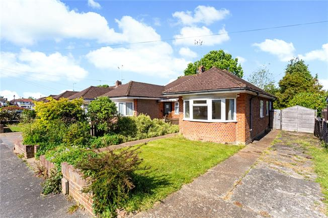 Offers in excess of £325,000, 3 Bedroom Bungalow For Sale in Horsham, RH12