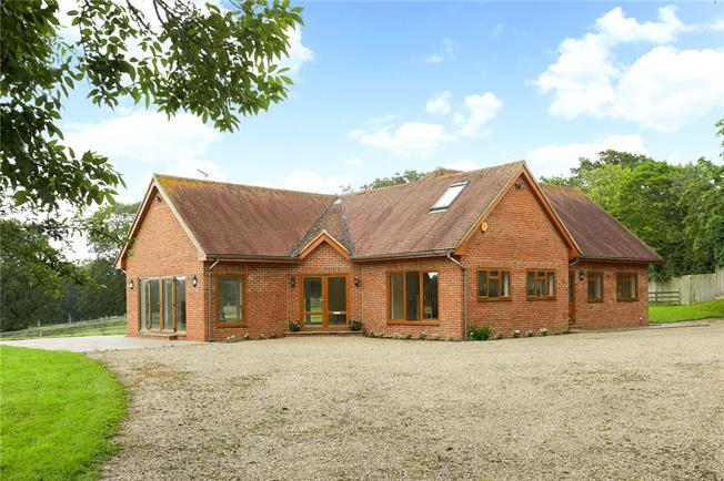 Asking Price £1,225,000, 4 Bedroom Detached House For Sale in Horsham, West Sussex, RH13
