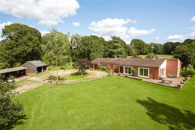 Offers in the region of £875,000, 3 Bedroom Detached House For Sale in Warnham, RH12