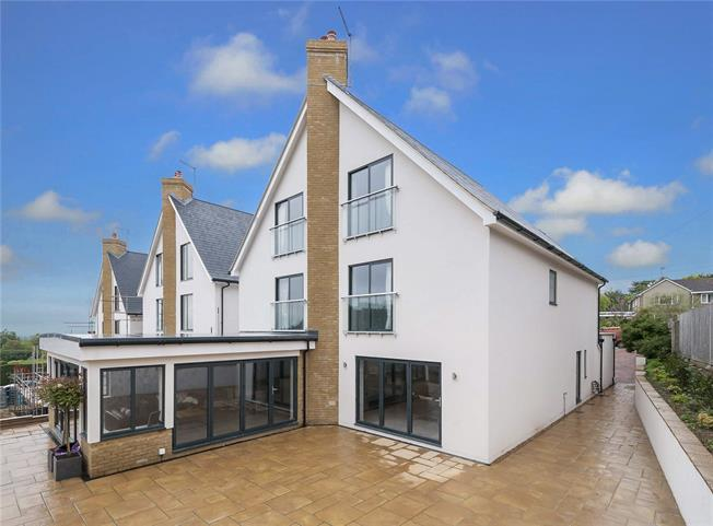 Asking Price £2,000,000, 5 Bedroom Detached House For Sale in East Sussex, BN3