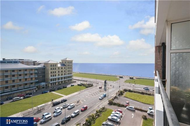 Offers in excess of £500,000, 3 Bedroom Flat For Sale in Hove, BN3