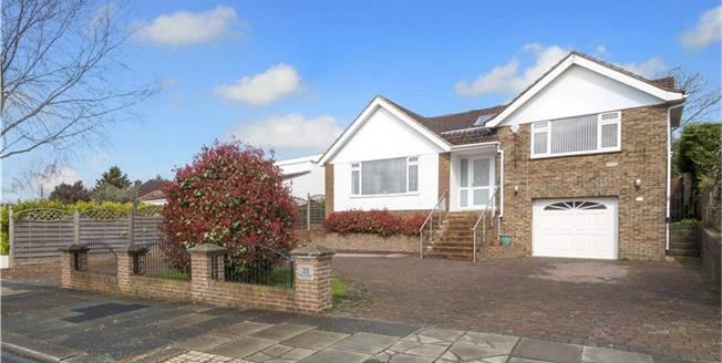 Guide Price £1,250,000, 5 Bedroom Detached House For Sale in Hove, BN3