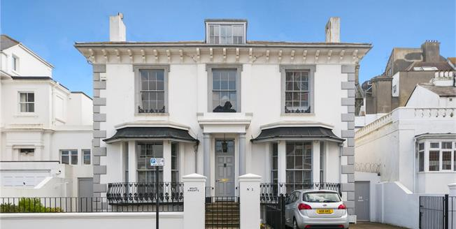 Offers in excess of £1,600,000, 5 Bedroom Detached House For Sale in Hove, BN3