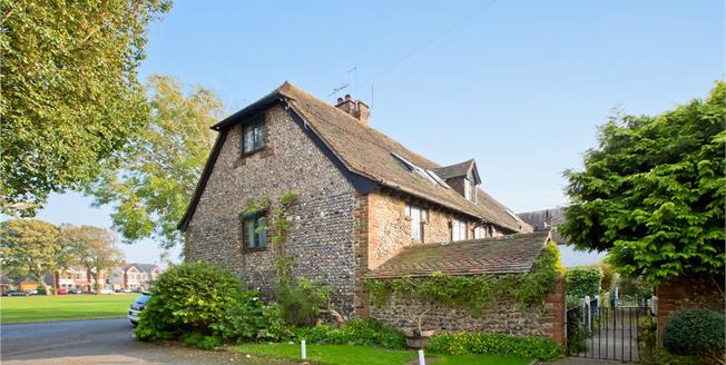 Asking Price £499,950, 2 Bedroom Terraced House For Sale in Southwick, BN42