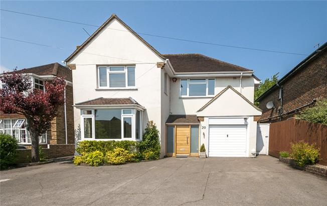 Asking Price £950,000, 4 Bedroom Detached House For Sale in Hove, BN3