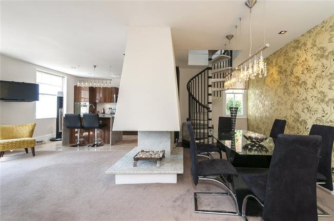 Offers in excess of £550,000, 2 Bedroom Maisonette For Sale in East Sussex, BN2