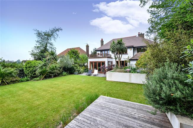 Asking Price £1,385,000, 4 Bedroom Detached House For Sale in Hove, BN3