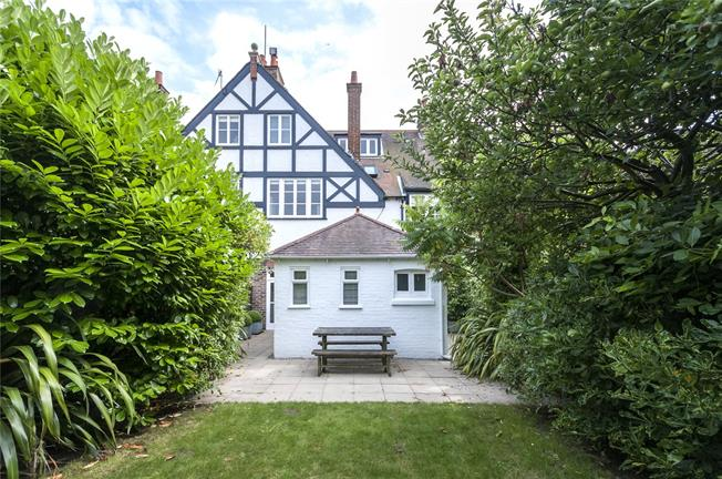 Asking Price £830,000, 5 Bedroom Terraced House For Sale in Brighton, BN1