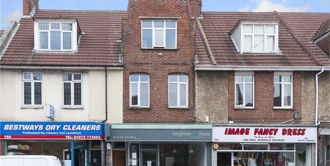Asking Price £350,000, 3 Bedroom Flat For Sale in East Sussex, BN3