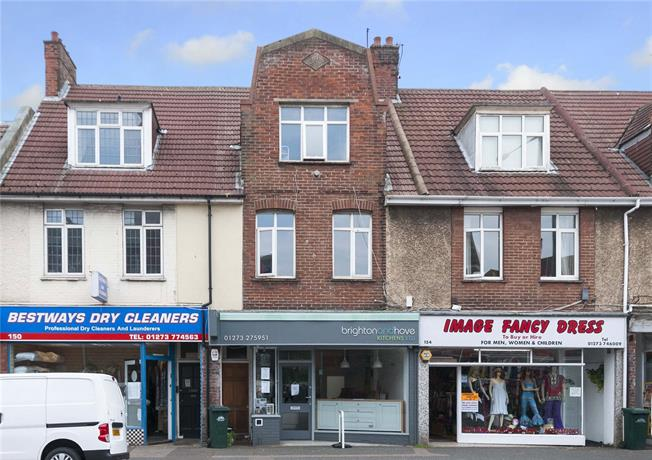 Asking Price £350,000, 3 Bedroom Flat For Sale in Hove, BN3
