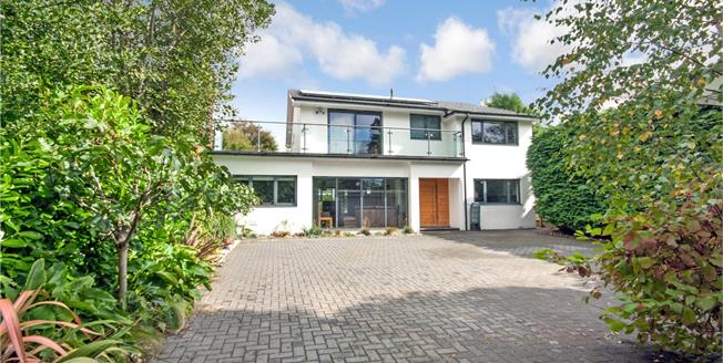 Asking Price £1,650,000, 4 Bedroom Detached House For Sale in East Sussex, BN1
