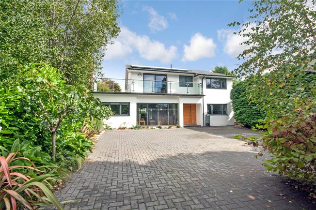 Asking Price £1,650,000, 4 Bedroom Detached House For Sale in Brighton, BN1
