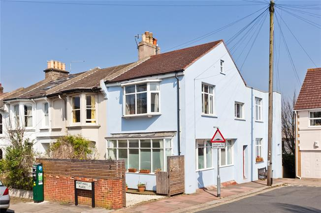Asking Price £575,000, 4 Bedroom End of Terrace House For Sale in East Sussex, BN1