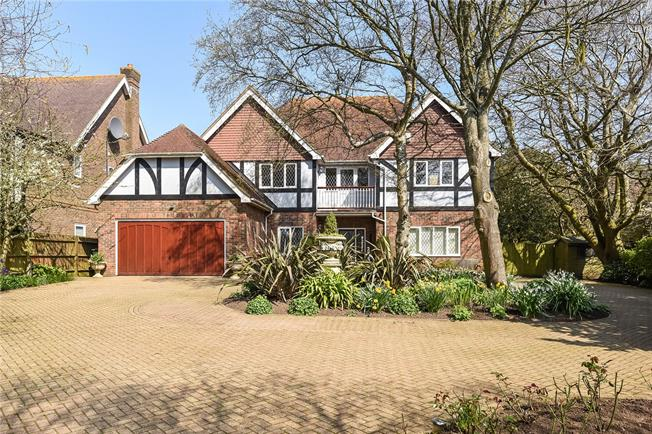 Asking Price £1,595,000, 5 Bedroom Detached House For Sale in East Sussex, BN1