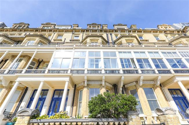 Asking Price £1,200,000, 4 Bedroom Flat For Sale in East Sussex, BN3
