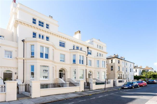 Offers in excess of £625,000, 3 Bedroom Flat For Sale in Hove, East Sussex, BN3