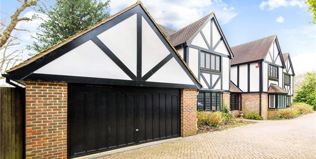Asking Price £1,495,000, 6 Bedroom Detached House For Sale in East Sussex, BN3