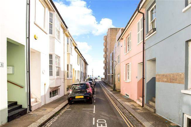Asking Price £675,000, 4 Bedroom Terraced House For Sale in Hove, BN3