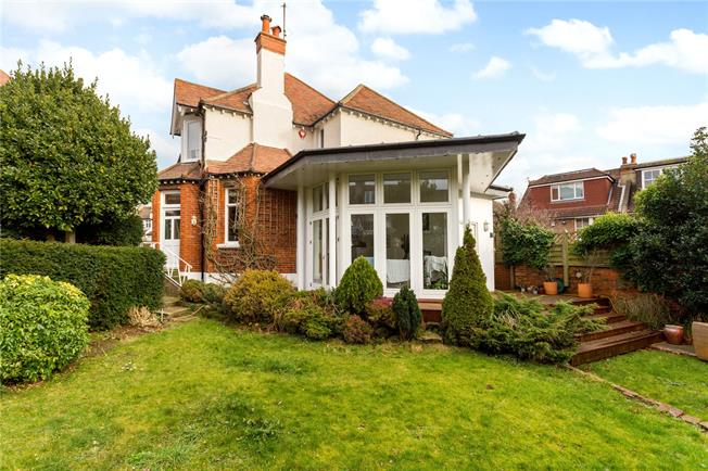 Guide Price £1,450,000, 5 Bedroom Detached House For Sale in Hove, BN3