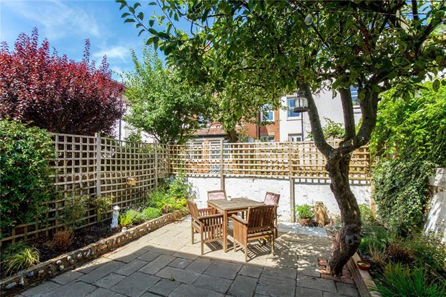 Guide Price £699,950, 3 Bedroom Semi Detached House For Sale in Hove, BN3