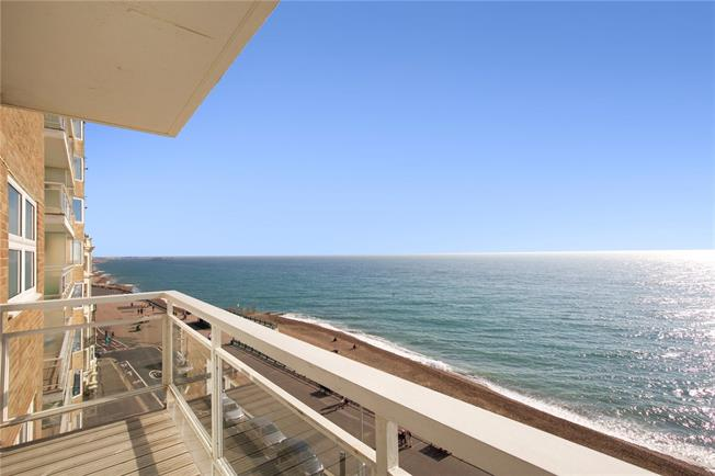 Asking Price £600,000, 2 Bedroom Flat For Sale in Hove, BN3
