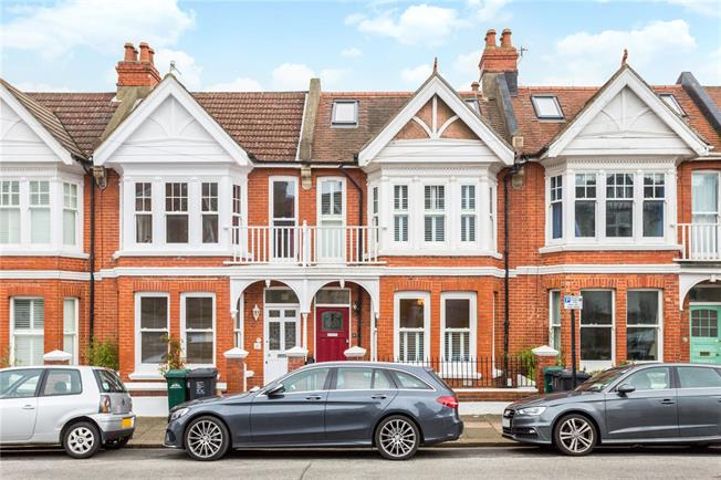 Asking Price £650,000, 4 Bedroom Terraced House For Sale in Brighton, BN1