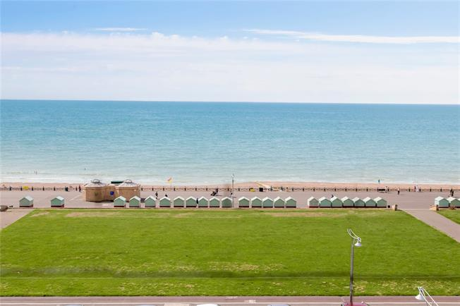 Asking Price £500,000, 2 Bedroom Flat For Sale in Hove, BN3