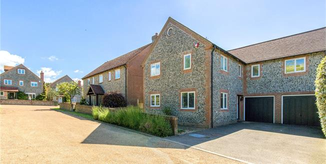 Guide Price £900,000, 4 Bedroom Detached House For Sale in Brighton, East Sussex, BN2