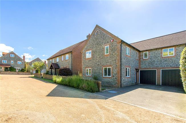 Guide Price £865,000, 4 Bedroom Detached House For Sale in Ovingdean, BN2
