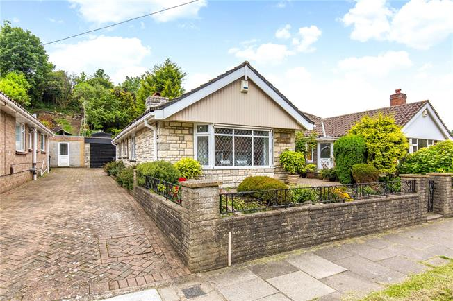 Asking Price £365,000, 3 Bedroom Bungalow For Sale in Brighton, BN2